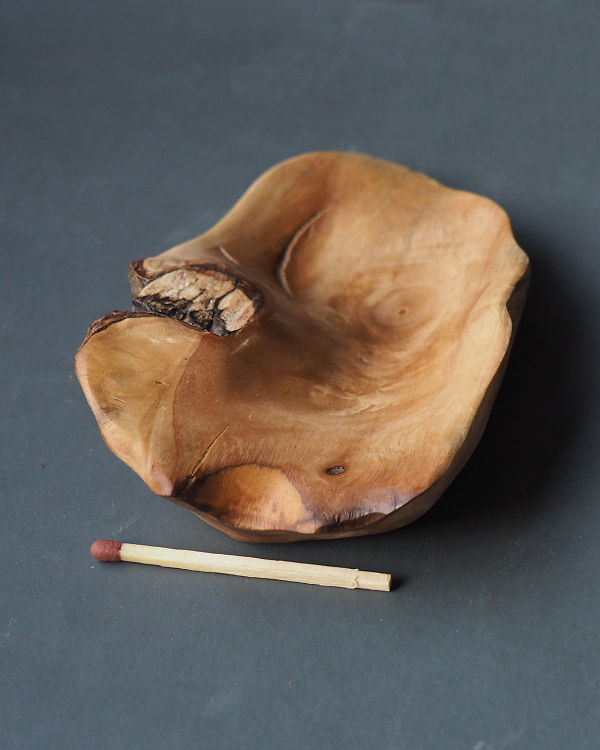 beautiful Olive wood bowl accent piece